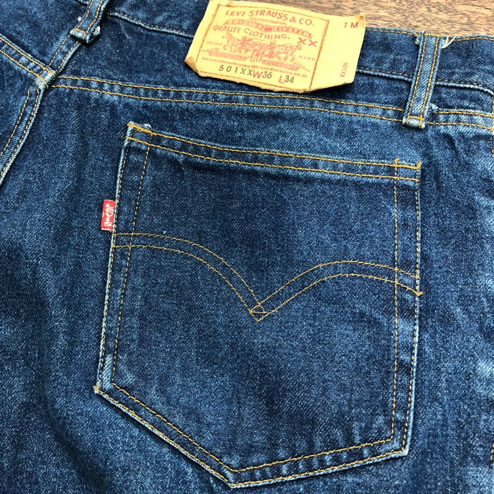 Levis 90's 501xx jeans 36x34 Made in USA