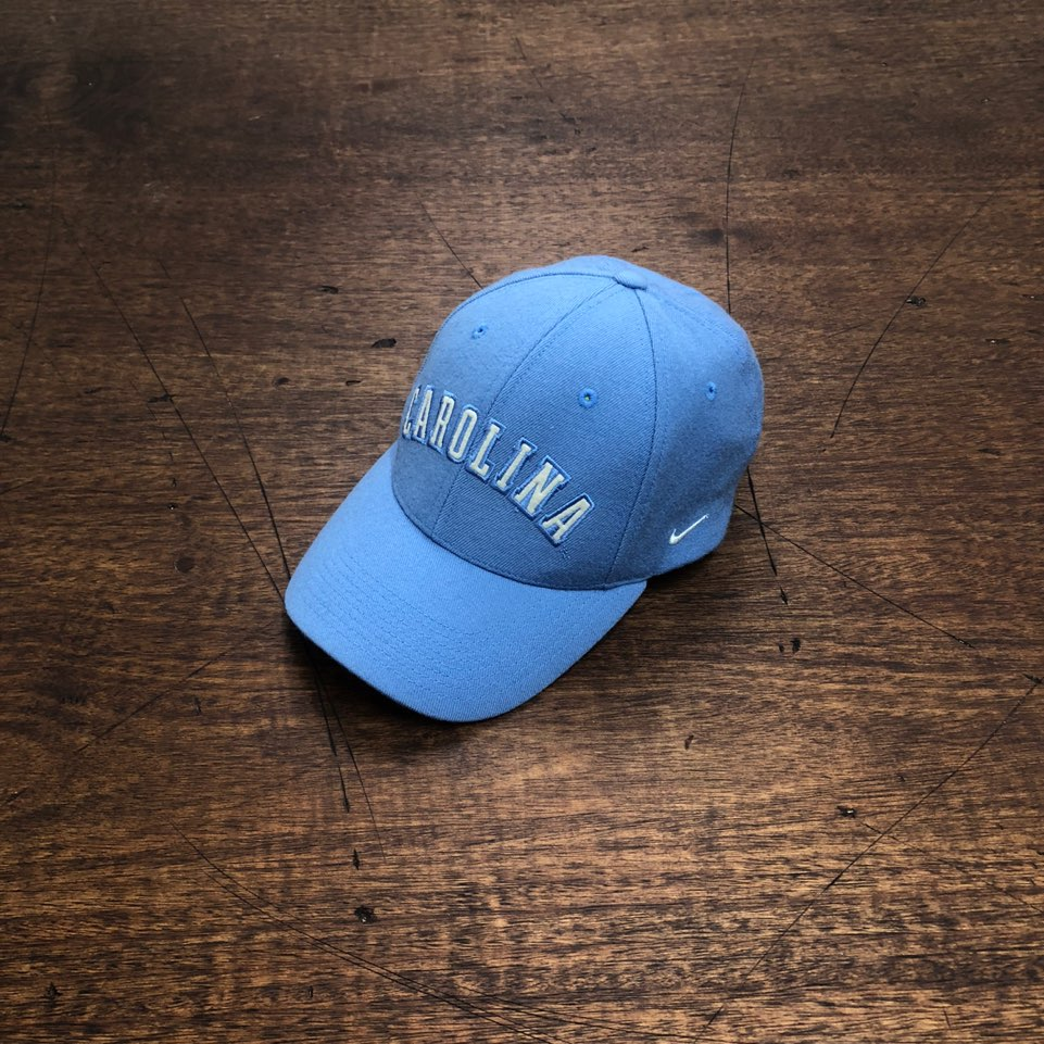 Nike skyblue wool carolina logo cap